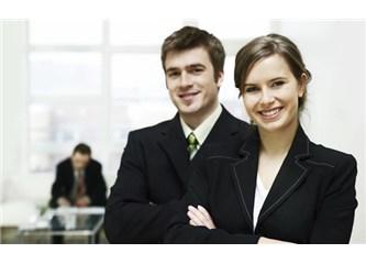 Müşteri Hizmetleri ve Halkla İlişkiler