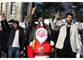 Noel Baba Fuhuşa Teşvik Ediyormuş!