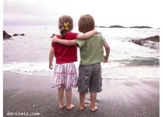 Acıyorum. 5 : Dostluklara