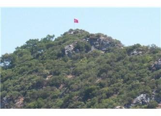 Köy Gençlerine Bayrak Sevgisi.