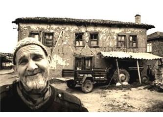 CHP ve AK Partililere, ülke insanını tanımak, ülkenin çıplak gerçeğini öğrenmek istermisiniz?