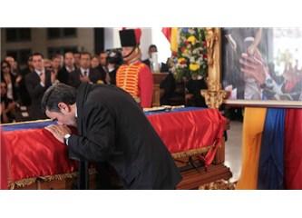 Müslüman Ahmedinejad ile Katolik Chavez