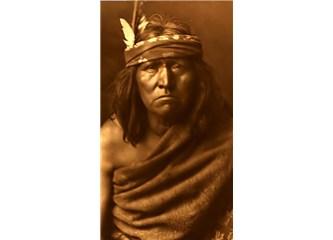 """Kızılderililer: """"Kaybetmeyi ahlaksız bir teklife tercih et. İlkinin acısı bir an, diğerinin vicdan a"""