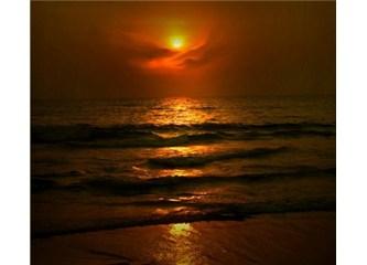 Bir Kuran Mucizesi paylaşalım: Güneşin istikameti ve ayın yörüngesi