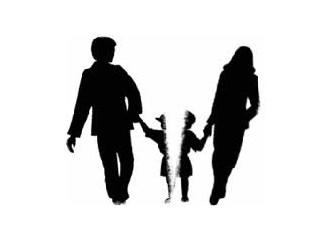 Boşanmış Anne Babanın Çocuğu Olmak