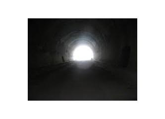 Ayaş yollarında tünelim kaldı
