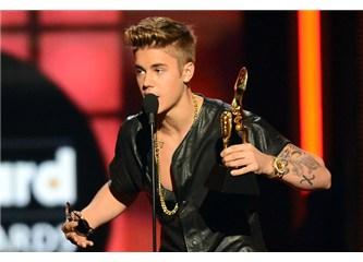 Justin Bieber fena patladı