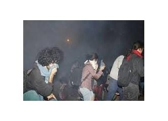Divan Otel'e biber gazı