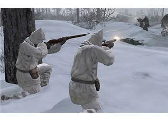 Karşınızda Kızıl Ordu ve Nazi Askerleri