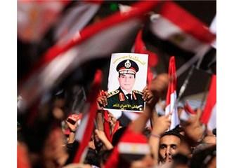 Mısır'da Mursi yerine gelen Mansur Hristiyan kimliği ile tanınıyor!