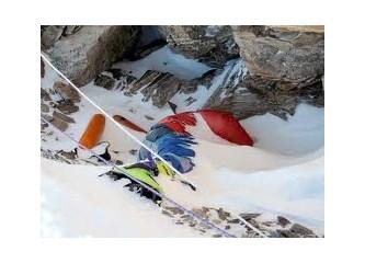 Everest'te David Sharp'ın Ölümü…