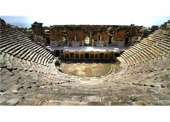 Pamukkale ve Hierapolis antik kenti