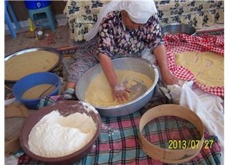 Dağyeni Köyü'nde geleneksel Kuskus yapımı,