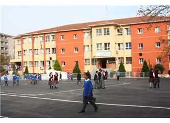Okulların bakım-onarım işleri belediyelere bırakılmalıdır...