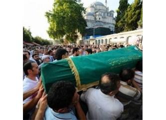 Cenaze töreni herkeste aynı, fakat karşılama farklı…