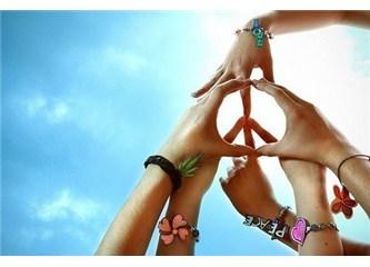 Dünyada birlik beraberlik için beklenen insan kimdir?