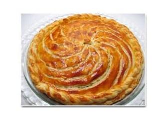 Zeytinyağlı pırasa böreği nasıl yapılır...