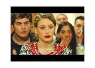 Çağatay Ulusoy & Serenay Sarıkaya ile Medcezir 8 Bölümde bağımlılık yaptı.