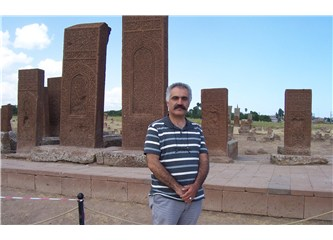 Kubbet-ül İslam Beldet-ül Türk: Ahlat