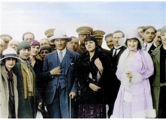 Türk kadınına seçme ve seçilme hakkını veren yasanın kabulünün 78. yıldönümü kutlu olsun