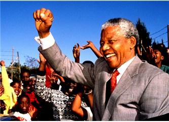 Mandela'nın ideallerindeki Afrika düşü yarım kaldı.