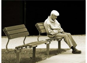 Gerçek yalnızlık kimsesizliktir
