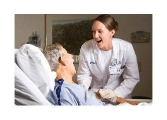 Nörologlar ve hasta yakınları, lütfen beklemeyin, konuşma probleminde ilk 1 yıl çok kritiktir!
