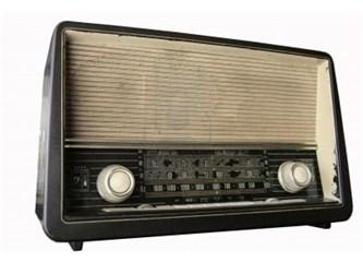Nerde kaldı O eski Radyolar...