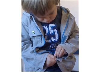 Bugün ne giysek? Çocuklara kıyafet kendilerine seçtirmenin avantajları
