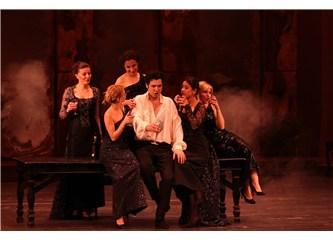 Antalya operasında İspanyol hovarda Don Giovanni ve başarılı prömiyer
