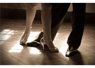 Benimle dans et!