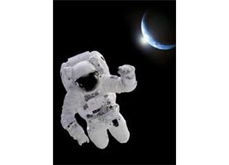 Uza uza uzaylıysan uzayında yaşa