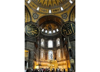 Aya Sofya Neden Camiye Çevrilemez? Tarihsel ve Stratejik Analiz