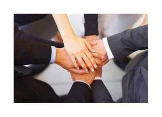 İşletmelerin en değerli varlığı – İnsan Kaynakları,.,.   Tarihi gelişimi hakkında,..
