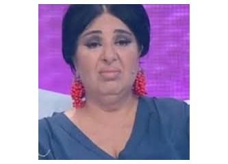 Modacı Nur Yerlitaş. Beyaz ekran metoforu!