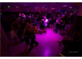 Türkiye'nin dört bir yanından gelen dansçılar İstanbul'da buluştu.