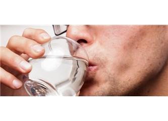 Konuşurken ağzınız kokuyor mu?
