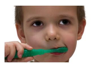 Çocuklar için eğlenceli diş fırçalama yöntemleri