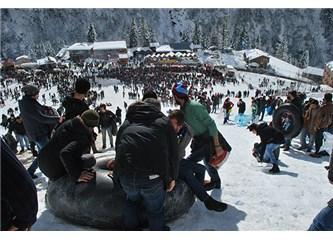 Ayder 8.Kardan Adam Festivali Çamlıhemşin