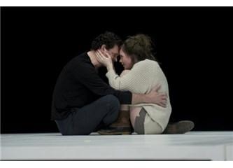 İbsen'in oyunu Hollanda Milli Tiyatrosu'nda sahneleniyor