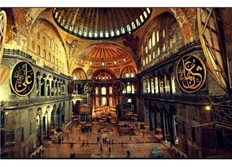 Ayasofya elbette tekrar camiye çevrilecek, ama zamanı var…
