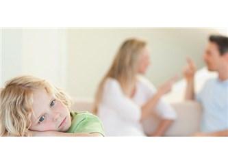 Okul Çağındaki Çocuklara Boşanma Haberi Nasıl Verilir?