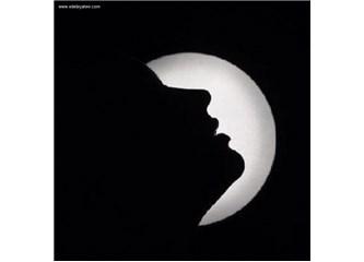 Ay yüzlüm, gül dudaklım