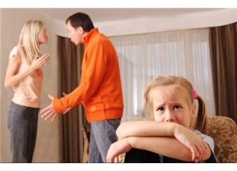 Kuran'a göre boşanan kadın maddi olarak güvence altına alınmalı mı?