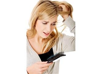 Kadınlarda Saç Dökülmesi ve Medikal Tedavisi