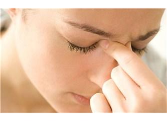 Sinüzit ve Migren Nasıl Ayırt Edilir? Sinüzit mi? Migren mi?