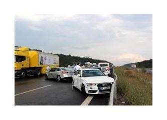 Dün gece İstanbul'da trafik kazaları!