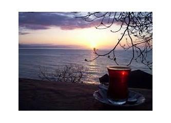 Sıcak çay içmenin zararları.  Sıcak çay kanser mi yapıyor?