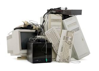 Eski kullanmadığınız Bilgisayarları çöpe atmayın