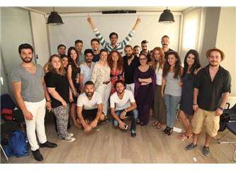 Ünlü yönetmen Andaç Haznedaroğlu deneyimlerini Tümay Özokur Atölye öğrencileri ile paylaştı!